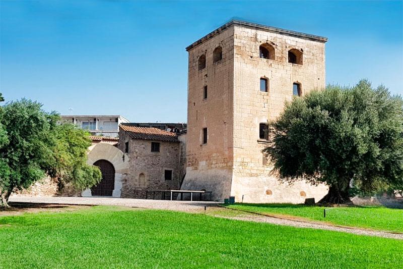 Старая башня Торре Велья