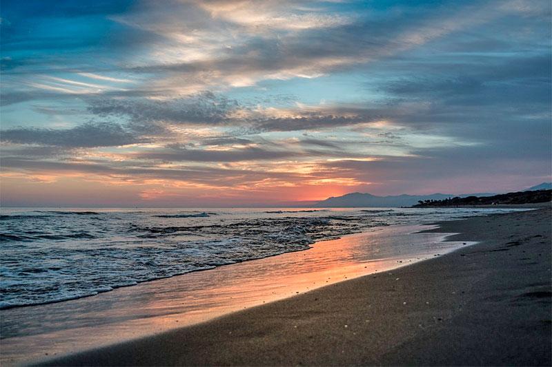 Пляж Артола-Кабопино
